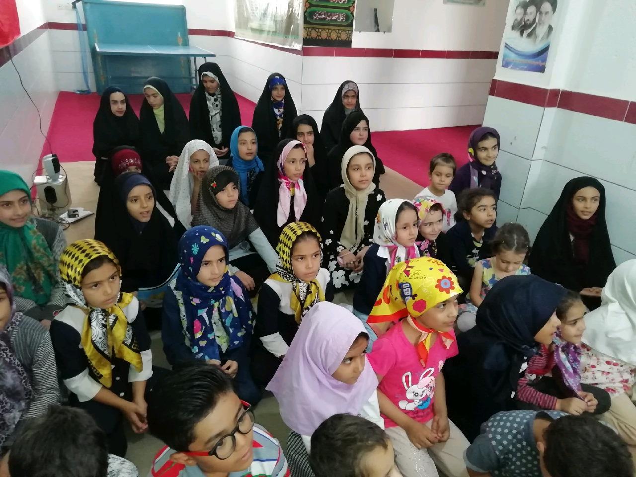 جشن دهه کرامت  در جمع قرآن آموزان